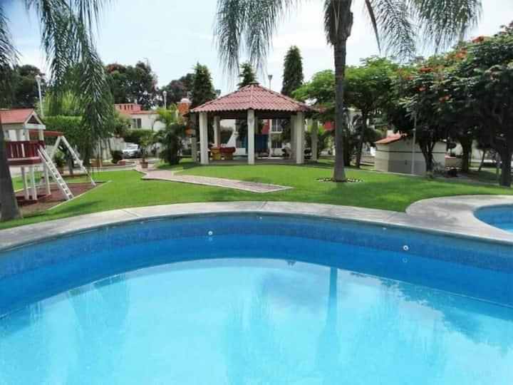 Hermosa casa de descanso :)