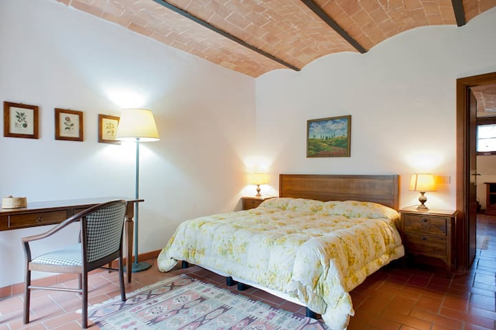Beautiful Tuscany apartment with pool 'Ortensia' - Volterra - Appartement