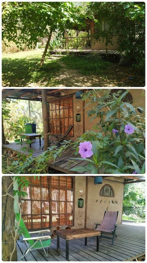 Casa de Barro en el Bosque