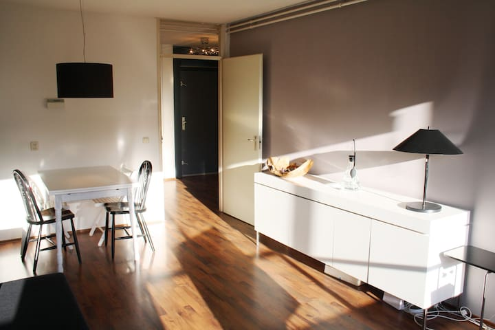 Room in Central & Bright apartment - Amsterdam - Apartment