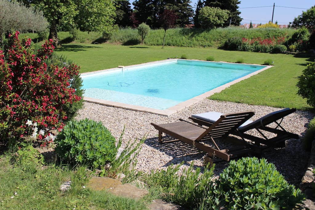 Bastide du 19 me si cle b b h user zur miete in marsanne for Piscine 19eme