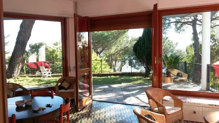 Near Genova Villa with garden 6 pax+1