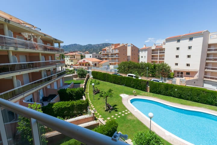 NICE APARTMENT WITH POOL - BEACH 100m - UHC OLIVERAS III 076