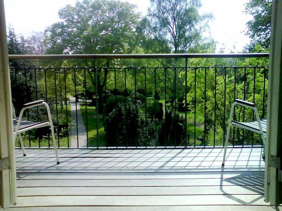 Balcony with park view