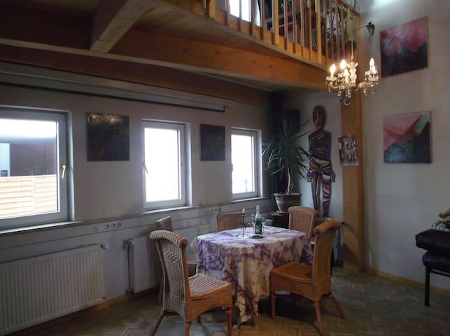 Kleines neu gestaltetes Haus - Worms - Casa