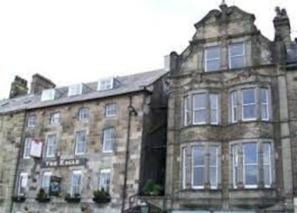 LOVELY SELF-CATERING SECOND FLOOR HOLIDAY APARTMENT IN BUXTON TOWN CENTER