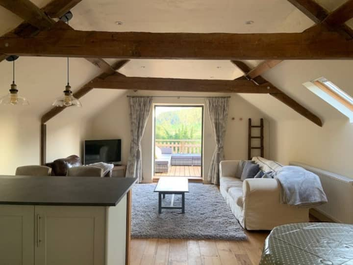 Beautiful converted Coach house for two