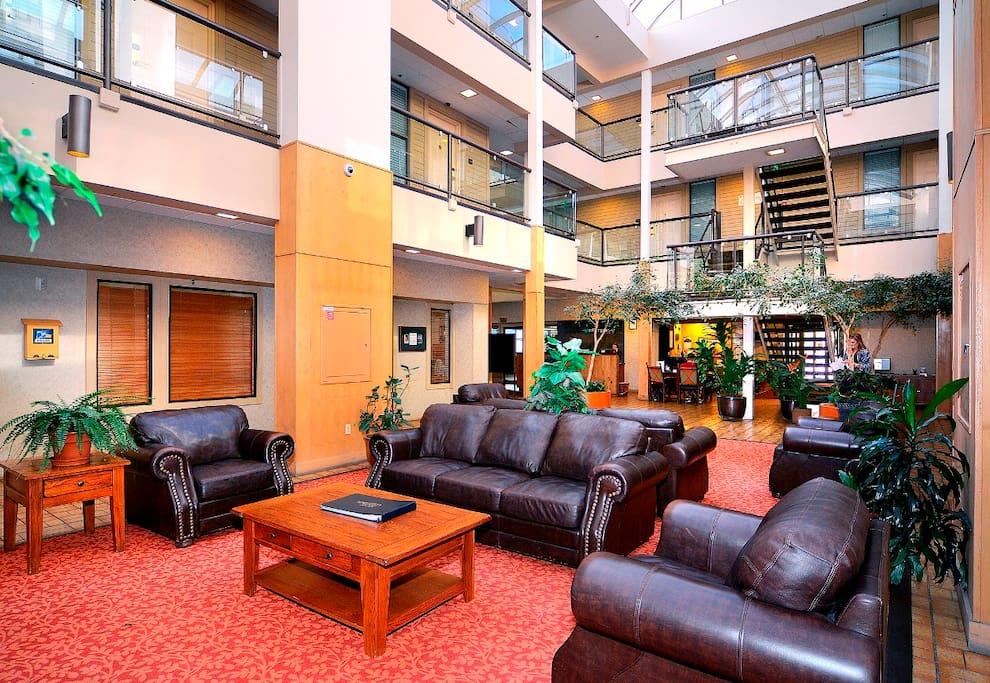 Lobby & Atrium area