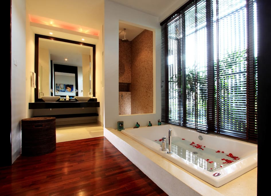 Ensuit bathroom with a  large bath tub