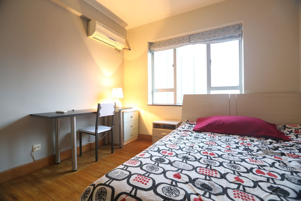 spacious and fully equiped private bedroom