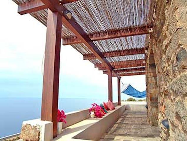 Una terrazza sul mare - Pantelleria - Villa