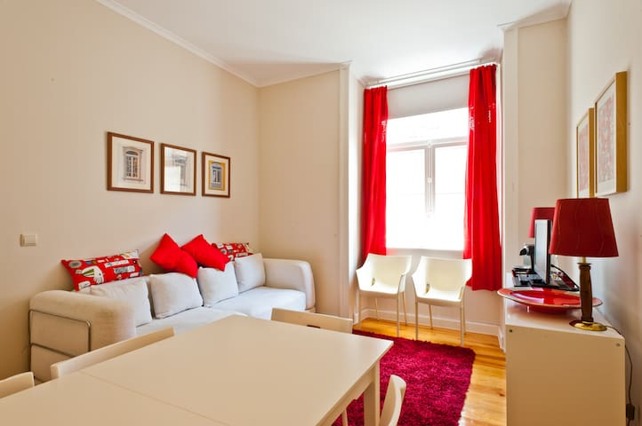 Central & Charming Flat in Lisbon