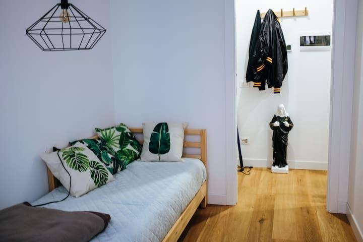 Cozy room in NOLO