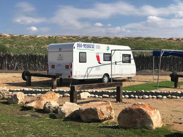 Betzet Beach Campsite - 2 adults with 5 children