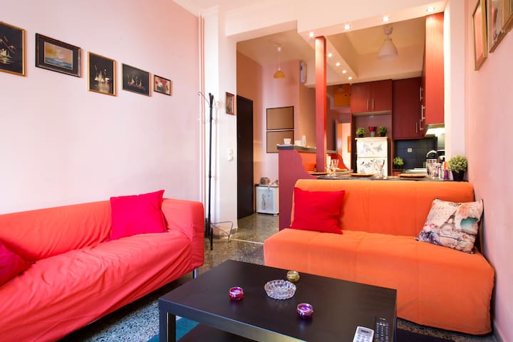 Central & Stylish 2 double bed flat - Athina - Daire
