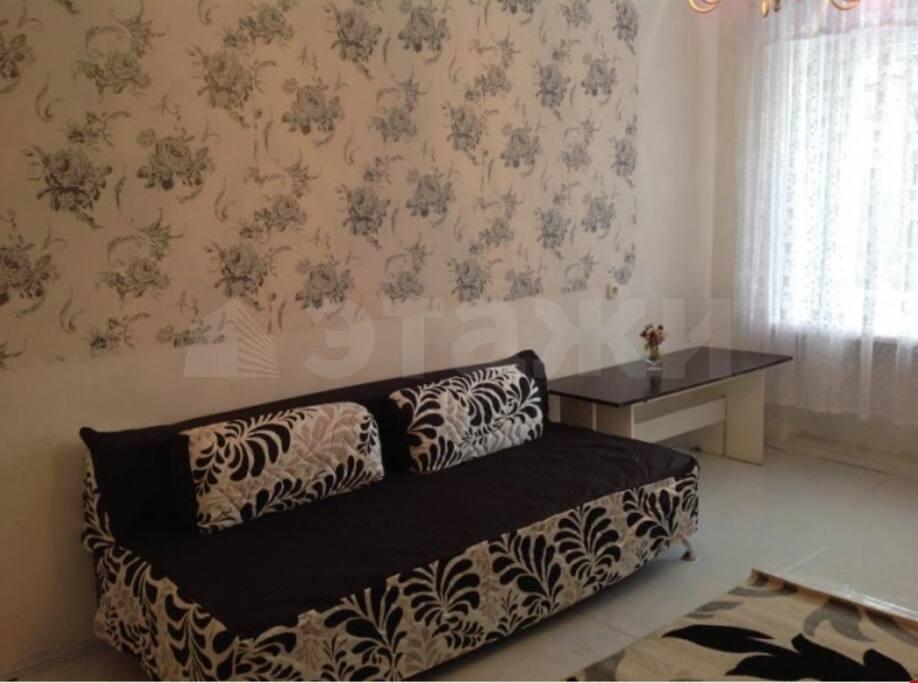 Большая комната с раскладным диваном