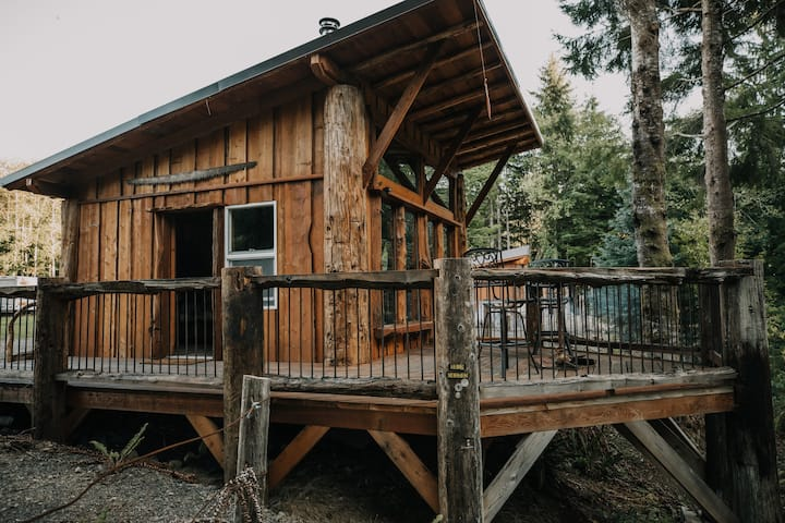 Sawyer Cabin - Upgrading your camping experience