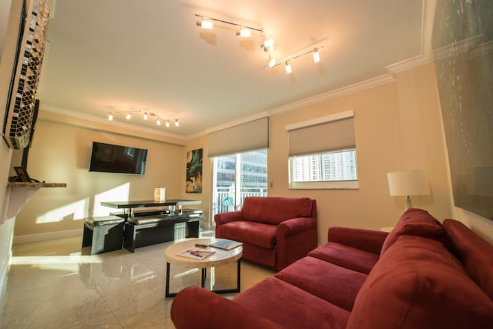 Deluxe Apartment in the Heart of Brickell