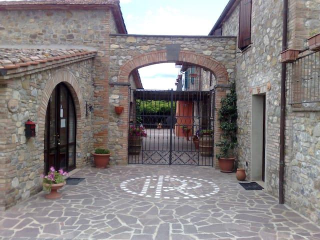 COUNTRY HOUSE IL VECCHIO FRANTOIO - Monteleone D'orvieto - Appartement