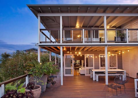 Beautiful Curl Curl Home with Ocean Views