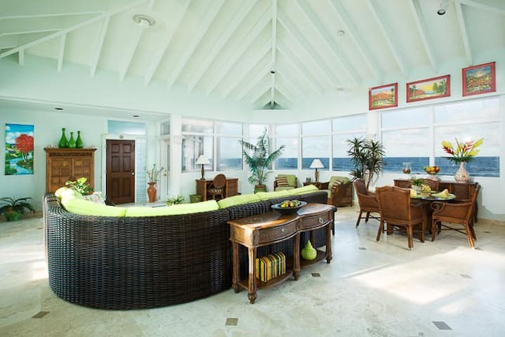 Beachfront Home ~ 4 Bedrooms  ~ 4  Ensuite Baths - Christiansted - Dom