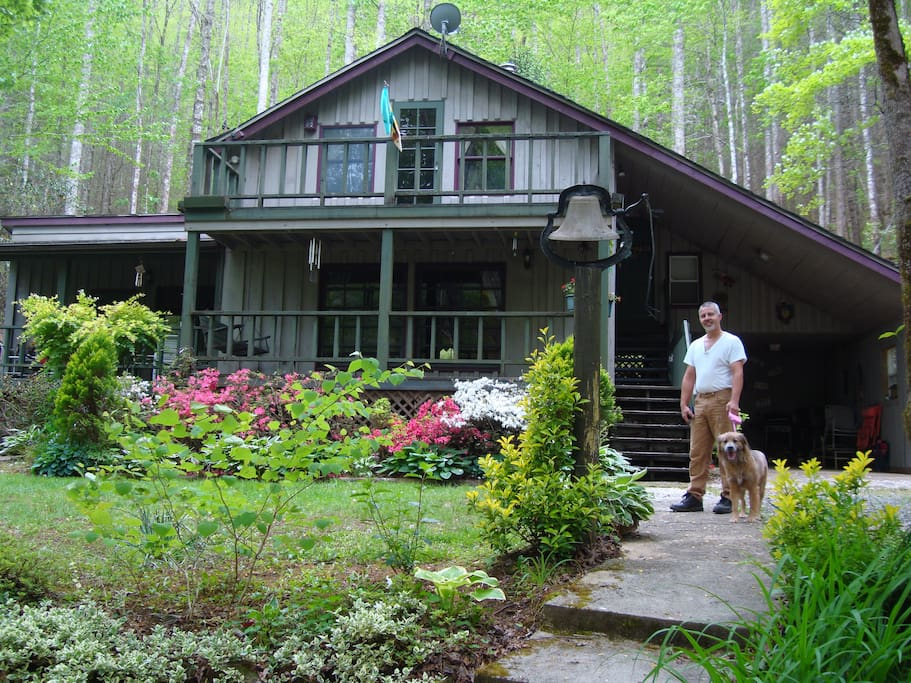 Cabin sits on acreage, easy access and lot of room.  Bring your 4 legged friend and children.  They will love it too.