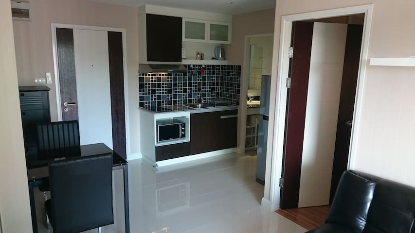 Luxury Condo Unit With Pool & Gym - Mueang, Chiang Mai - Apartment