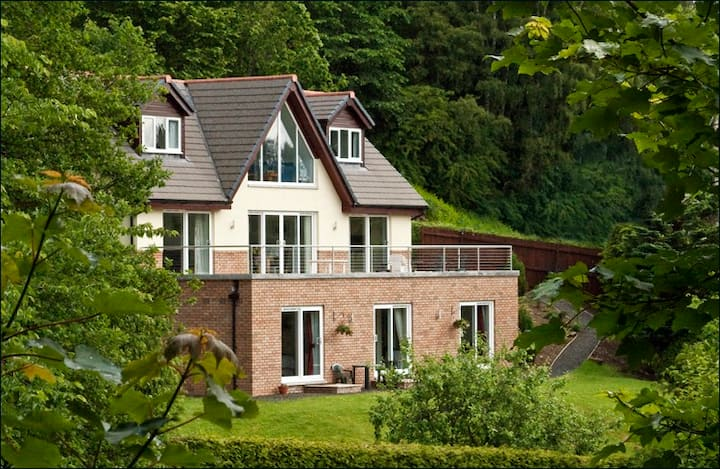 Rowanlea  B&B   Pitlochry.  Self Contained Room  1