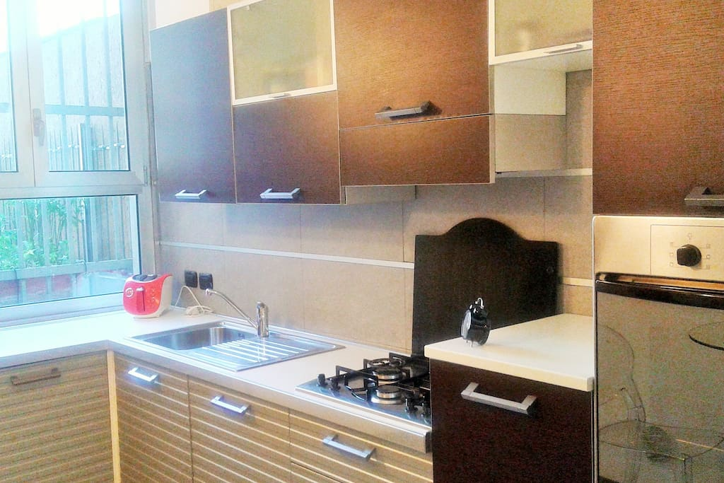 Fully furnished and equipped kithen