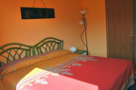 Rooms with a view - Orange Room - Perinaldo
