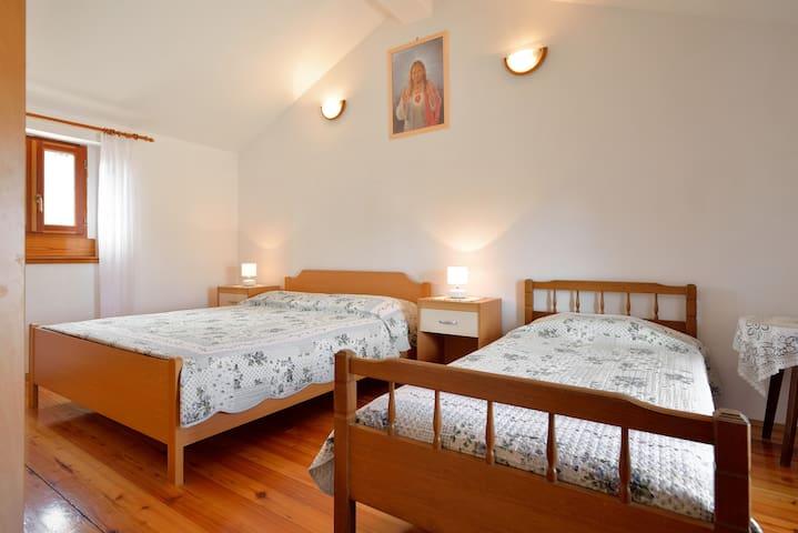 "3BD APARTMENT "" NILDA ""/FUNTANA - Funtana - Apartment"
