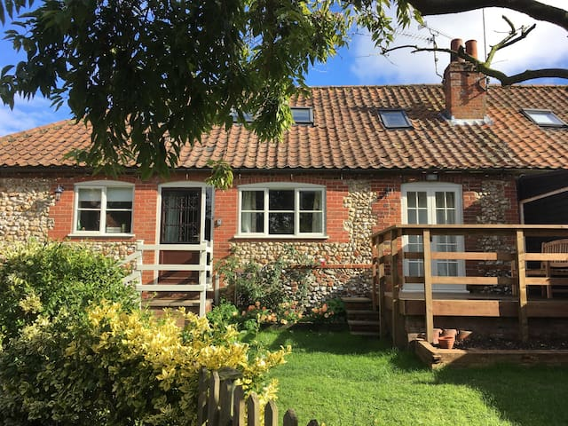 Cozy Barn conversion - King's Lynn - Talo