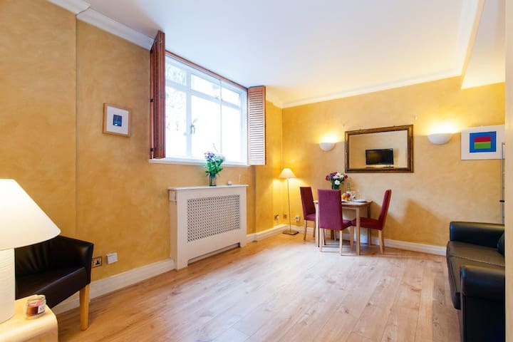 Great flat in South Kensington!