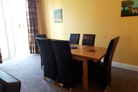 Centrally located 2 bed Apt in Kilkee, Co Clare.