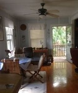"Charming ""Treehouse"" apartment - Saint Augustine - Apartmen"