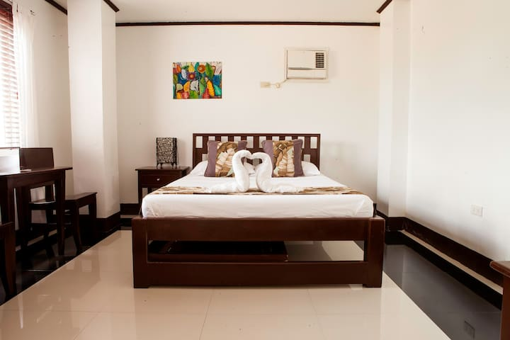 Quiet 1BD in the heart of Boracay!