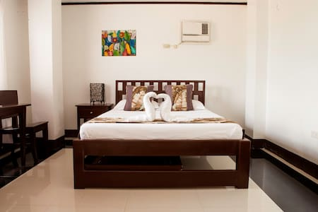Quiet 1BD in the heart of Boracay!  - Malay - Bed & Breakfast