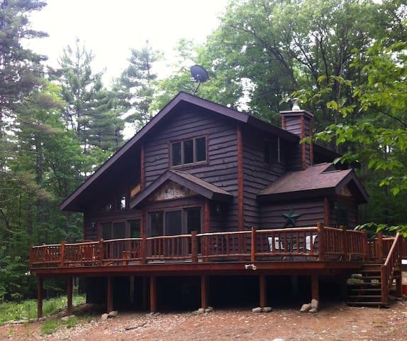 Green Valley Lodge- restful retreat - Jay - Rumah