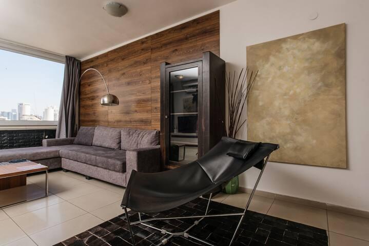 hilton beachfront apartment