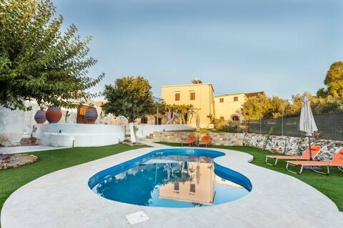 Villa_Despoina prywatny basen w pobliżu piaszczystych plaż!