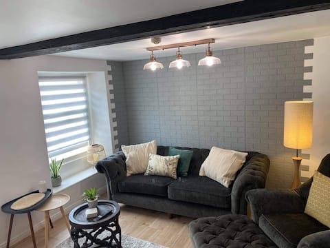 1 bedroom flat, in the heart of St Aubin