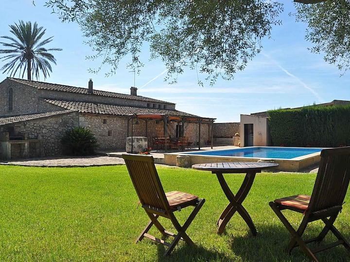 Albadallet, Country house in Villafranca, Mallorca