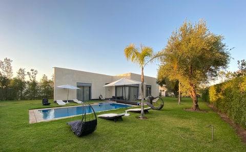 Magnifique Villa isolée dans un resort sécurisé