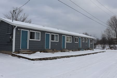 Meaford Luxury Cabin - Unit 2