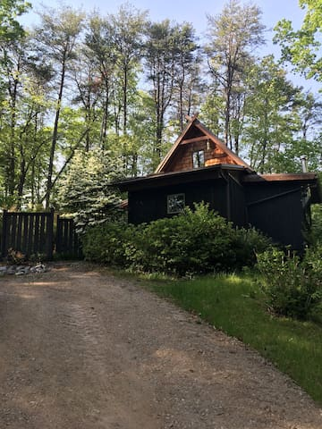 Sassafras Cottage Off Grid