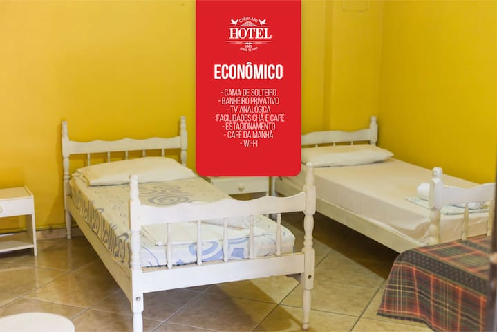 Quarto econômico privativo em Hotel em Joinville