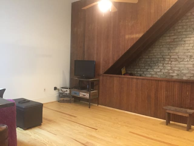 Loft in the heart of the action - Lynchburg - Apartemen