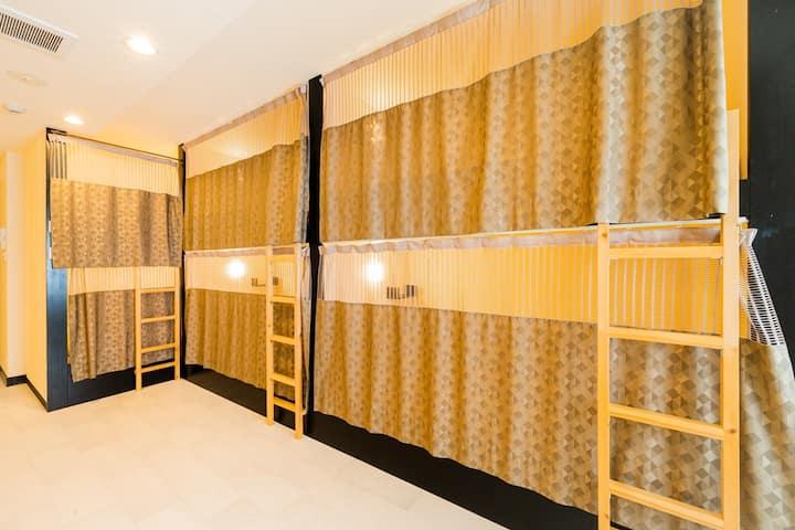 (HOTEL PAGODA) Bunk Bed Mix Dormitory in Nara