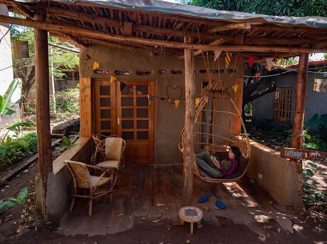 Mountain bikes house & eco bungalow 1