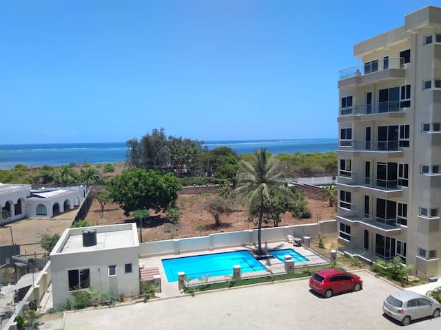 Seal - Next Apartment, with Ocean view, Nyali